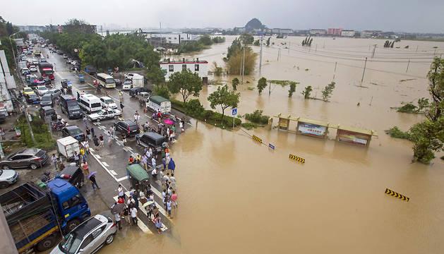 El tifón Soudelor deja 14 muertos y medio millón de evacuados en China