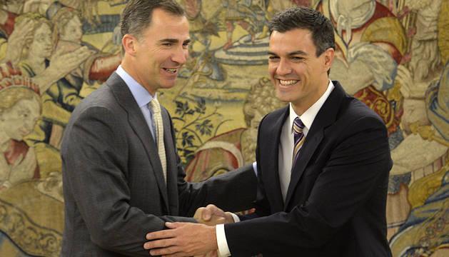 Pedro Sánchez y el rey Felipe.