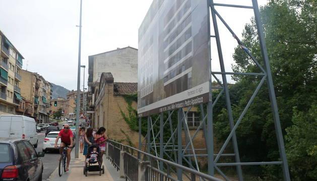 La calle Fray Diego, donde se alzaría el nuevo bloque de viviendas.