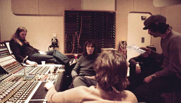 Pink Floyd en los estudios de Abbey Road durante la grabación de su disco 'Wish You Were Here'.