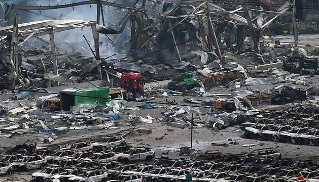 China investiga las explosiones que causaron 50 muertos en Tianjín