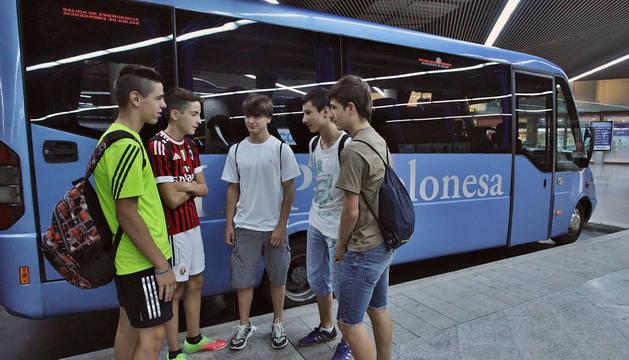 Los viajeros de playa salvan la gran caída de extranjeros en julio en autobuses