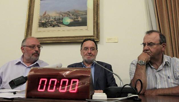 El exministro de Energía del Gobierno de coalición de Syriza Panagiotis Lafazanis, en el centro.