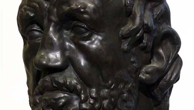 La obra de Rodin robada.