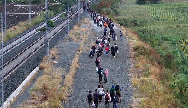 Macedonia, colapsada por la masiva entrada de refugiados sirios