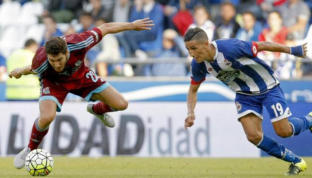 Zaldúa, contra el Deportivo.