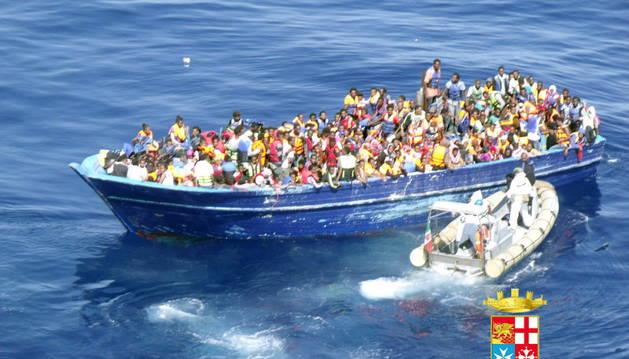 Una de las embarcaciones rescatadas.