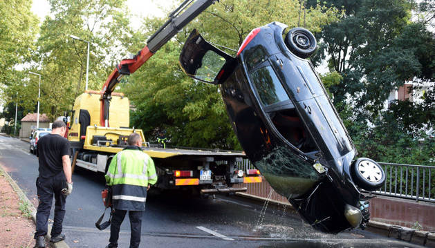 Estado en el que quedó el coche debido a las inundaciones.