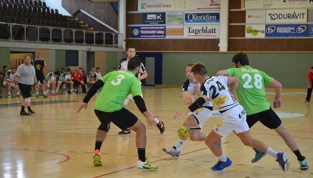 Amistoso contra el Esch Handball.
