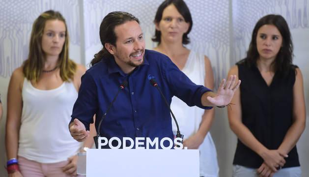 Iglesias no ve posible un pacto con el PSOE, al que ve más cercano al PP