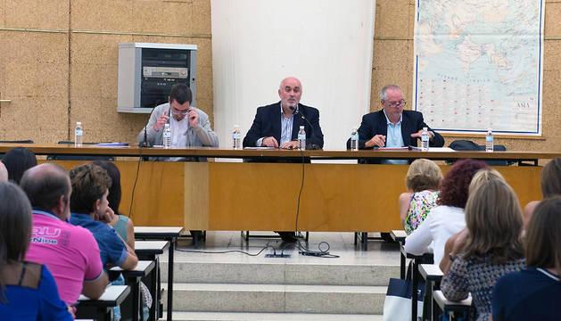 Un momento de la reunión celebrada este martes en Tudela.