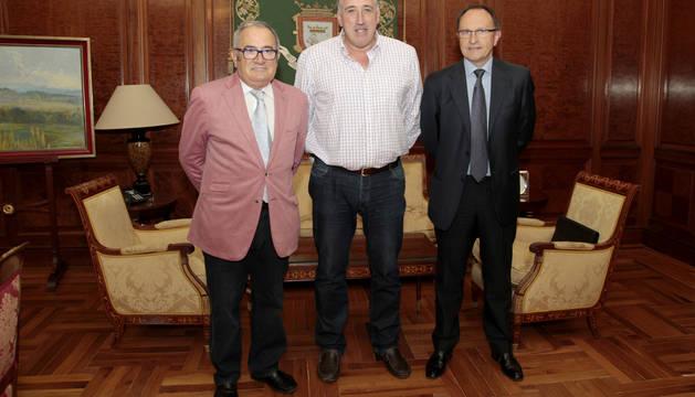 Luis Sabalza, Joseba Asirón y Ángel Ardanaz.