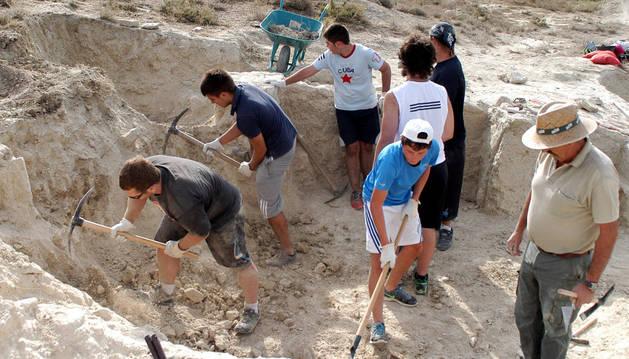Un momento de trabajo en la excavación.