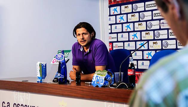 Vasiljevic, director deportivo de Osasuna, en una comparecencia anterior.