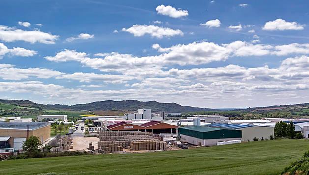 Imagen del polígono industrial de Villatuerta junto a Estella.