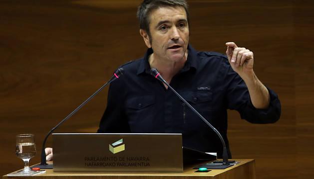 El exparlamentario de EH Bildu Víctor Rubio, nuevo jefe de bomberos