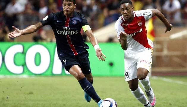 Martial, con el Mónaco.