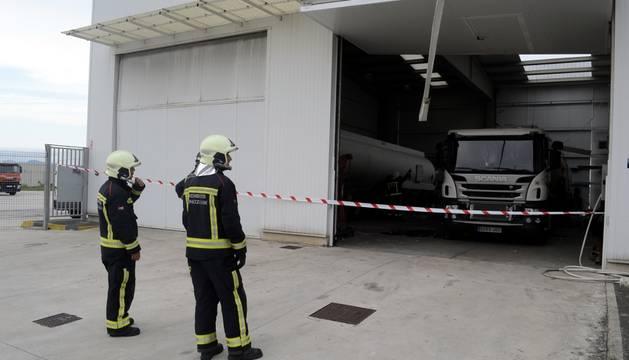 Incendio en una empresa del polígono Comarca II de Esquíroz