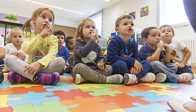 Más de 110.000 escolares empiezan un curso que sigue marcado por la LOMCE