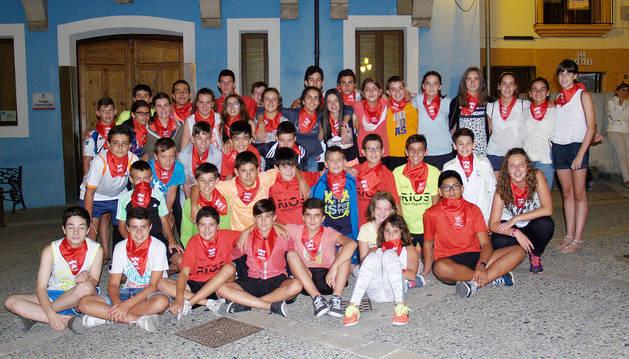 Jóvenes participantes en los juegos solidarios que se han realizado en la localidad ribera de Ablitas.