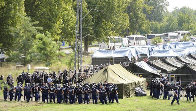 Entidades locales y colectivos presionan para abrir las fronteras