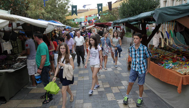 Imagen del mercado medieval del año pasado situado en la calle Herrerías de Tudela.