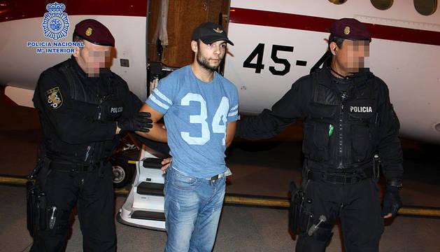 Sergio Morate, a su llegada al aeropuerto madrileño de Torrejón.