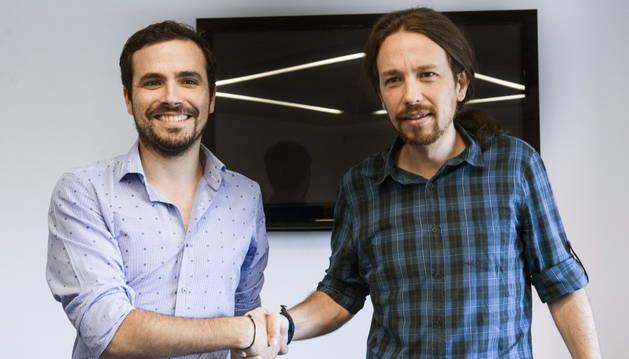Reunión entre Pablo Iglesias y Alberto Garzón en la sede de Podemos.