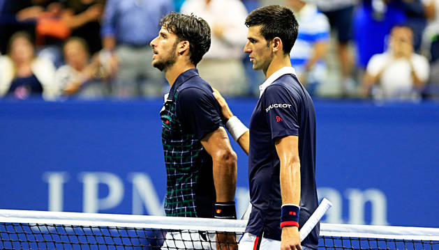 Feliciano López se lo pone difícil a Djokovic
