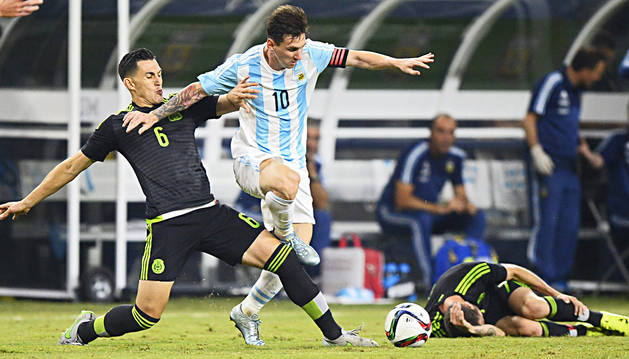 Messi anota un gol a última ahora y rescata el empate para Argentina