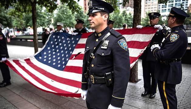 Nueva York guarda seis minutos de silencio en recuerdo del 11S