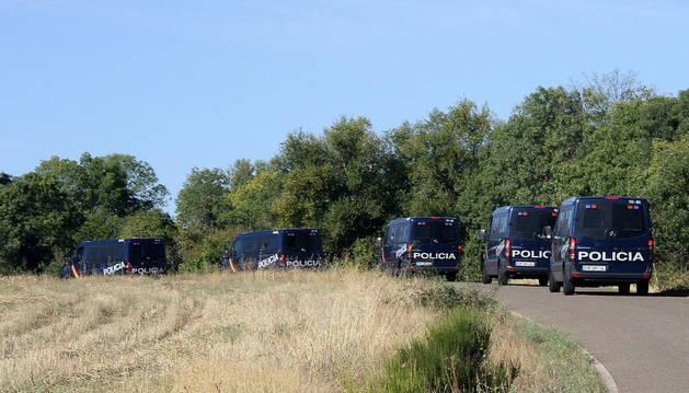 Gran despliegue policial para encontrar a la peregrina desaparecida.