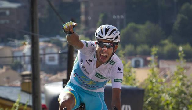 Dumoulin se hunde y Aru es el virtual ganador de la Vuelta