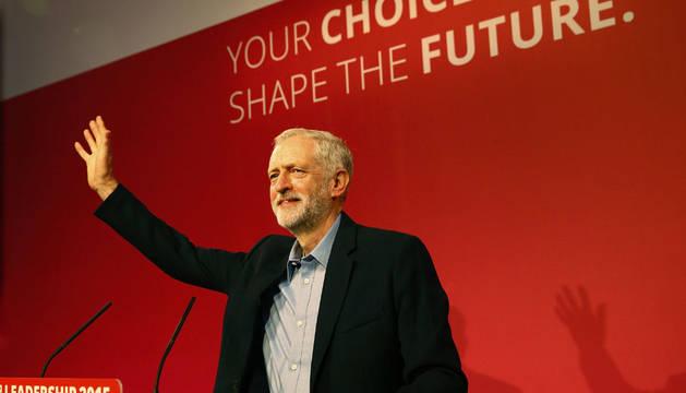 El Partido Laborista elige a Jeremy Corbyn como su nuevo líder