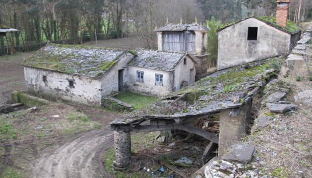 Una de las aldeas que está en venta en Lugo.
