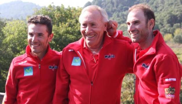 Purito y Valverde, junto al seleccionador Mínguez.