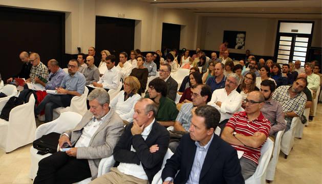 Asistentes a la jornada divulgativa sobre urbanismo celebrada ayer en Tudela.