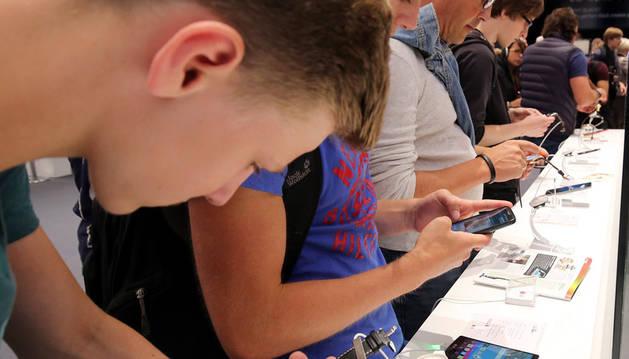 Seis de cada diez menores navarros de 10 a 15 años tienen móvil