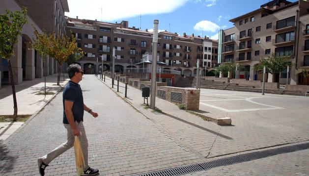 Imagen de la plaza de la Constitución donde fue encontrado el niño.
