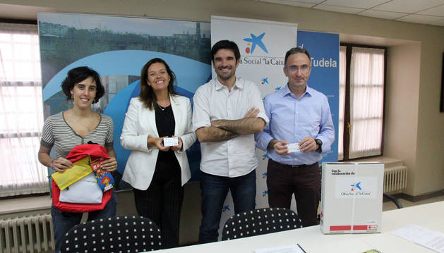 Marisa Marqués, Ana Díez, Eneko Larrarte y Juanjo San Martín, en la presentación de la campaña.