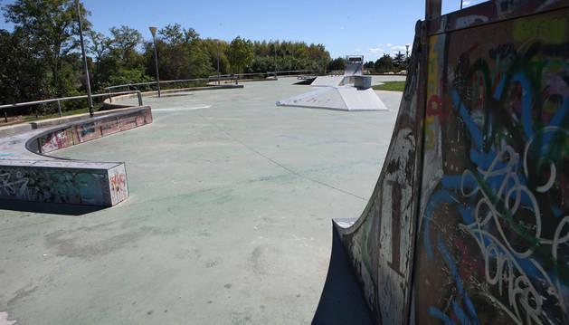 Imagen de la pista de patinaje ubicada en el barrio de la Azucarera.