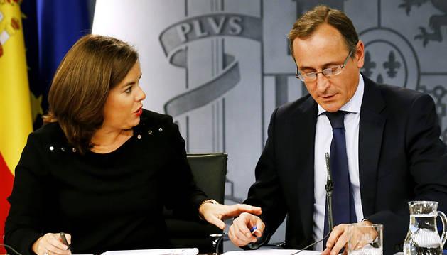 Sáenz de Santamaría y Alonso, en rueda de prensa.