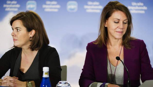María Dolores Cospedal y Soraya Sáenz de Santamaría.