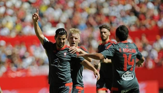 Nolito celebra su gol al Sevilla.