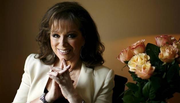 Fallece la novelista Jackie Collins de cáncer a los 77 años
