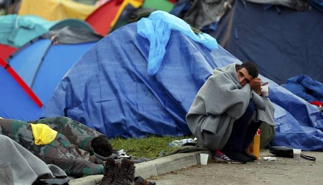 Miles de refugiados de Oriente Medio vuelven a entrar en Croacia