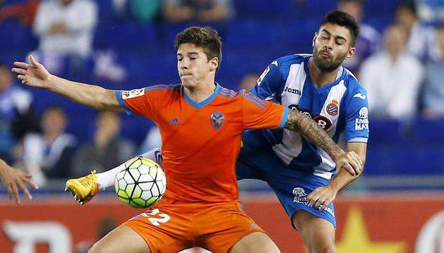 El Espanyol crece, el Valencia duda (1-0)