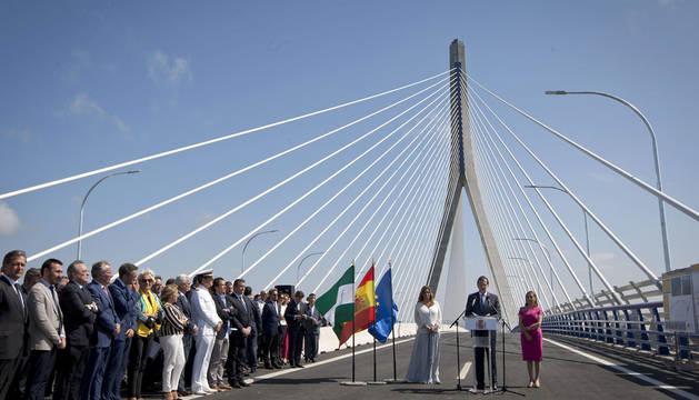 Inaugurado el puente diseñado por el navarro Javier Manterola en Cádiz