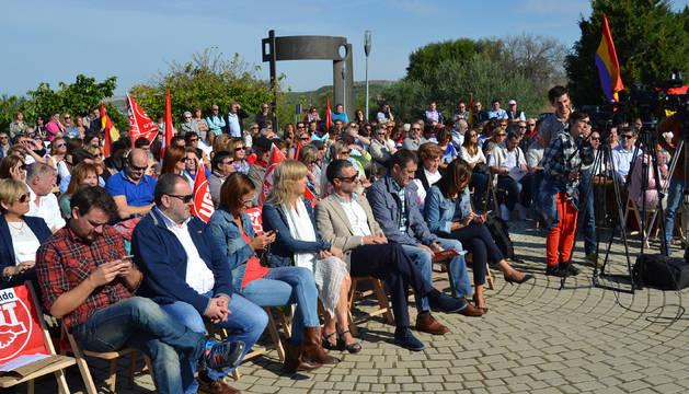 El acto contó con la asistencia de 300 personas, entre ellos  los consejeros Ollo y Laparra.