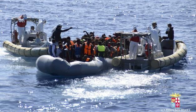 Operación de salvamento en aguas del Mediterráneo.